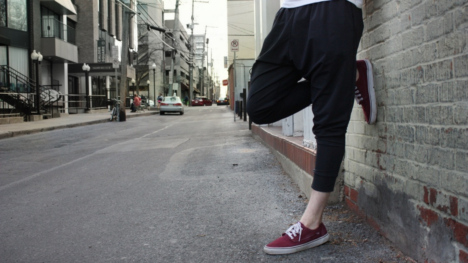The breathability of a harem pant with the street-style of a jogger.
