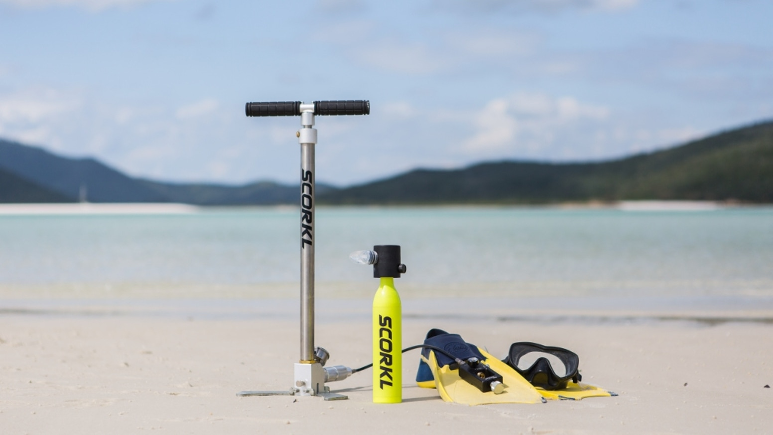 Scorkl is lightweight, portable, refillable via hand pump and gives you up to 10min underwater