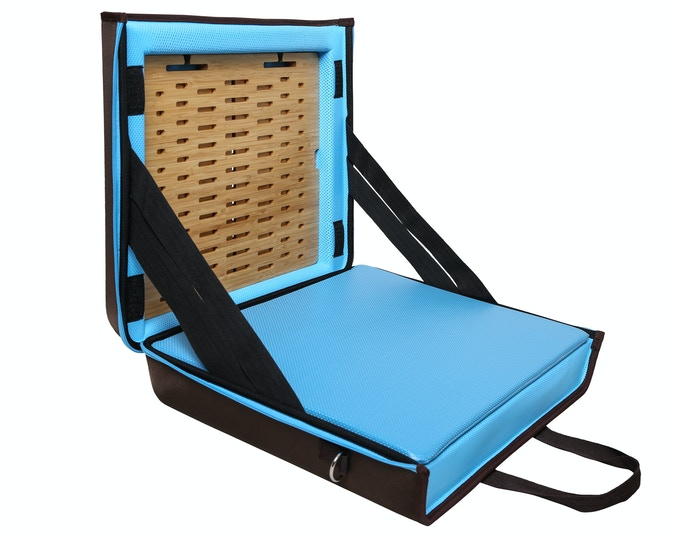 It also contains high-density foam pads to protect from bumps and bruises.