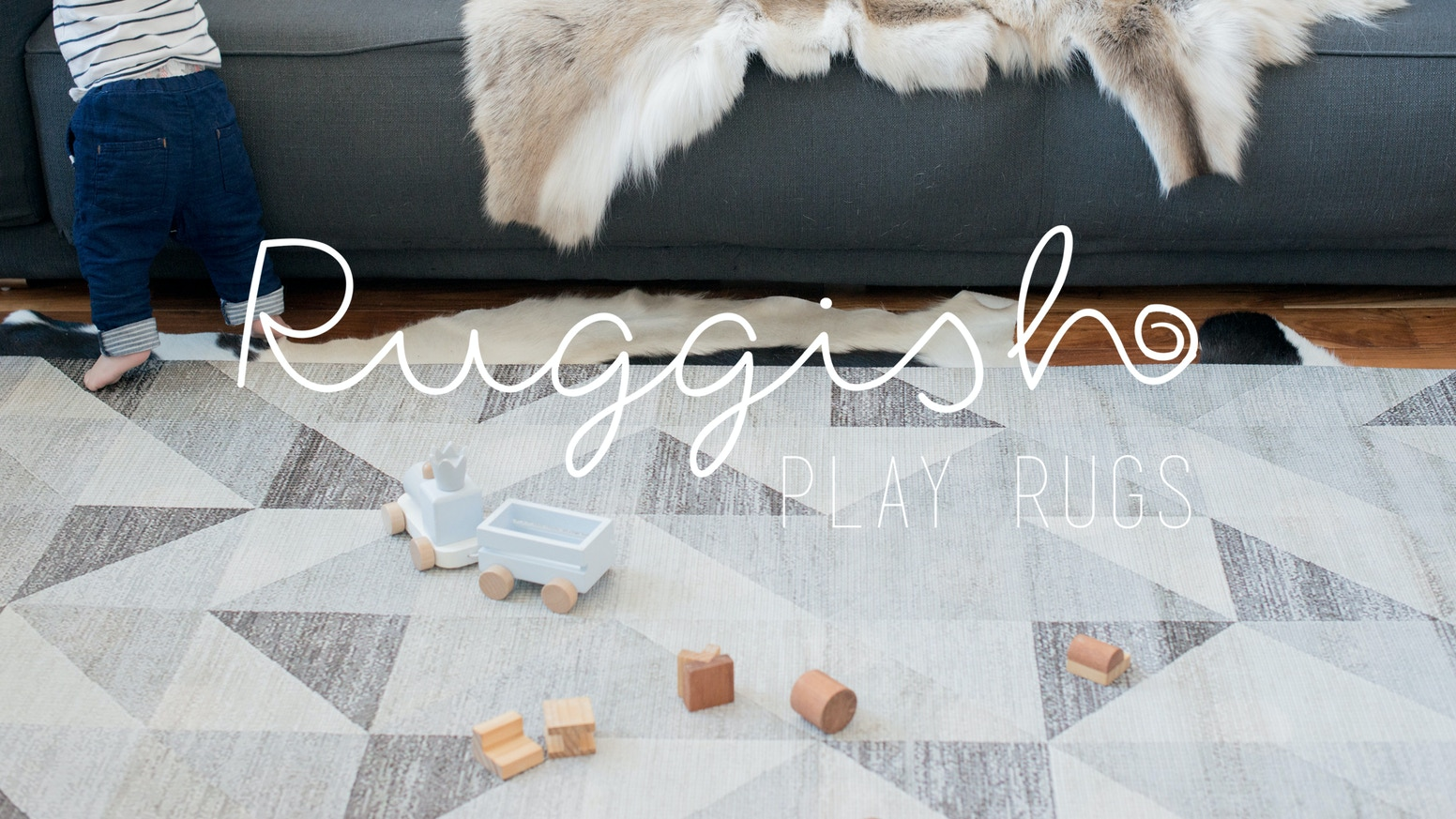 A high end one-piece memory foam rug that protects your baby without sacrificing your style!