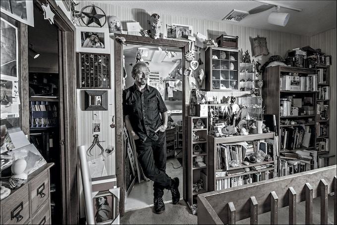 Illustrator Michael Whelan