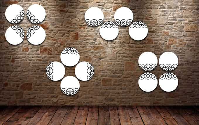 Esempio #1 di decorazione della parete con 4 piatti Pit-Pop