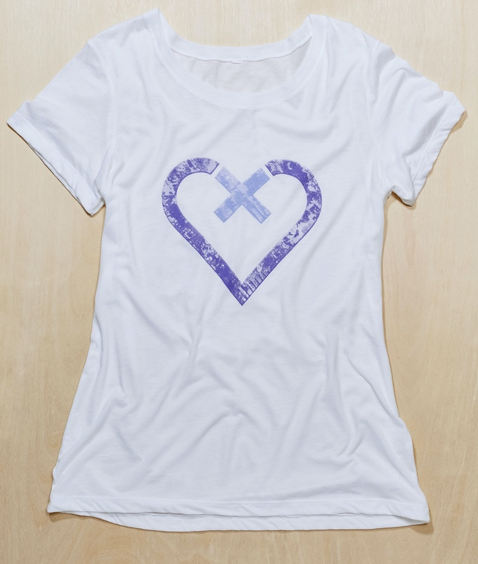Xtra Love T-shirt in White (or gray)
