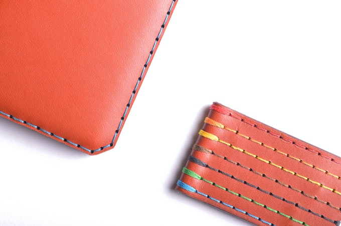 Cognac leather, available in 7 different threads