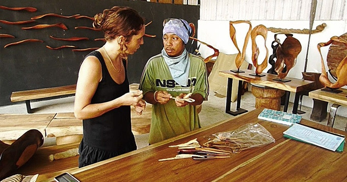 Our team of artisans from Java and Bali mostly have woodcarving as a profession running down for generations in their families. Their creativity and inspiration have made the design process the most exciting part.