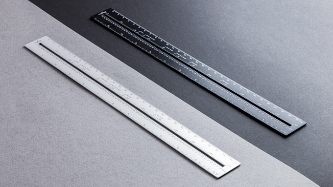 The Lindlund ruler comes in two colors, Luxe Silver and Midnight Black