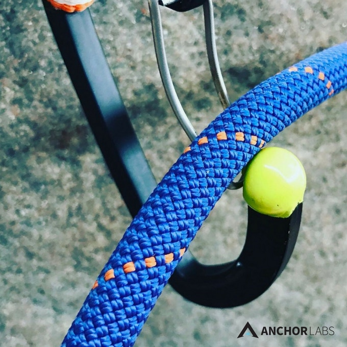 The basket effect created by the Gumball carabiner allows the rope to rest in a ready position to be pulled down and locked in.