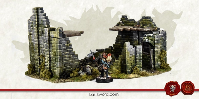 Big ruined house 19x16x10cm Scale test
