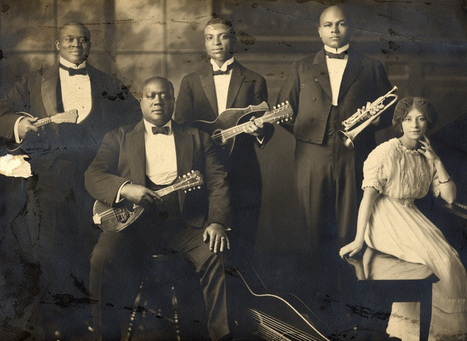 Wang Doodle Orchestra (1915) - Waldron pictured on trumpet
