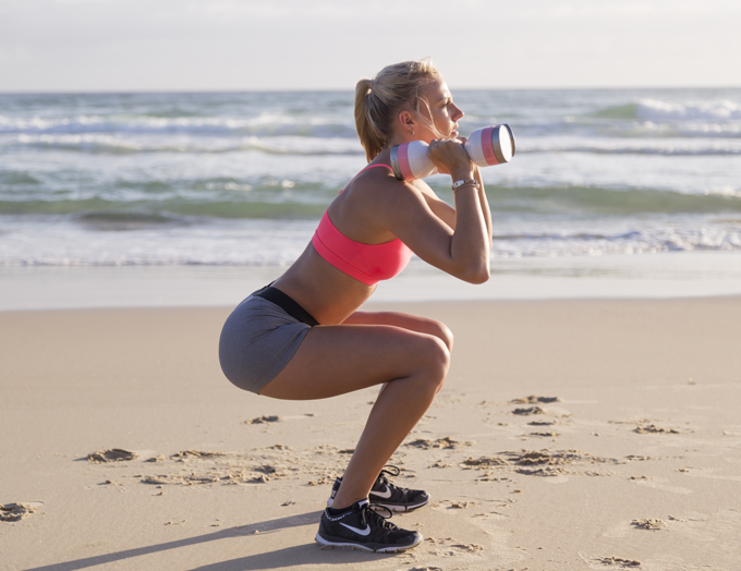 GET OUT THERE WITH WUMBELLS: Wumbell squat