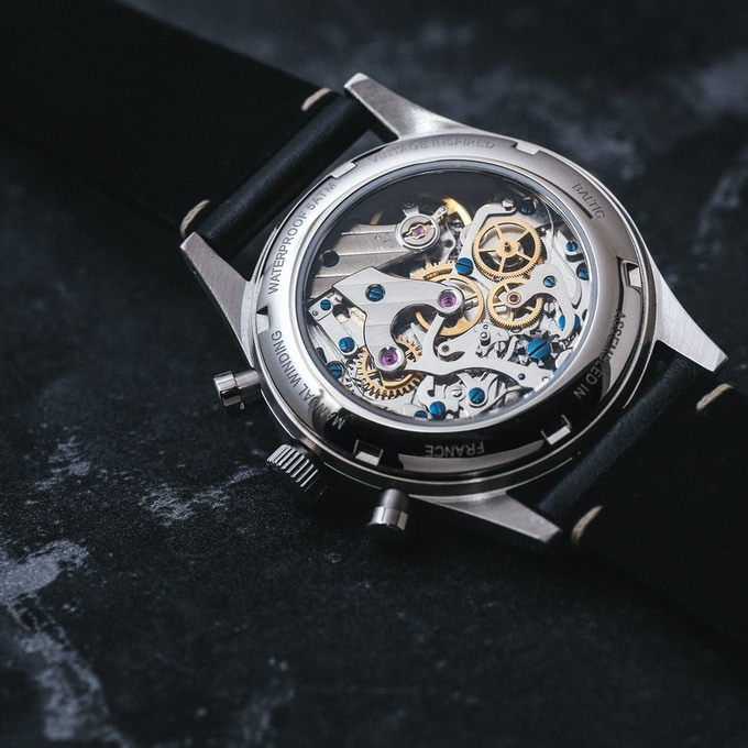 Open Caseback on the BICOMPAX 001.