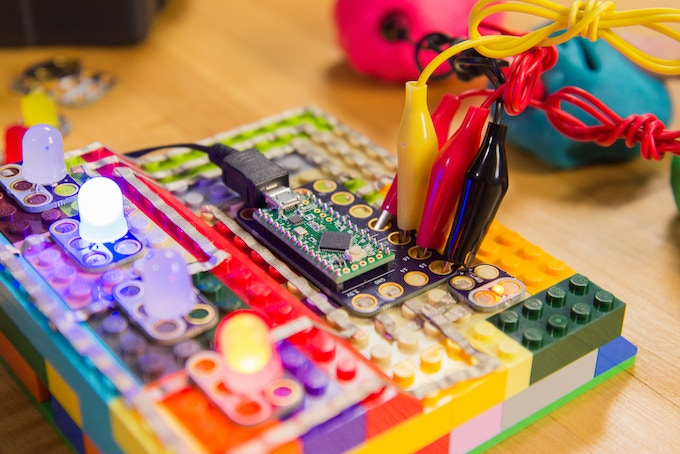 Crazy Touch Board with Squishy Circuits