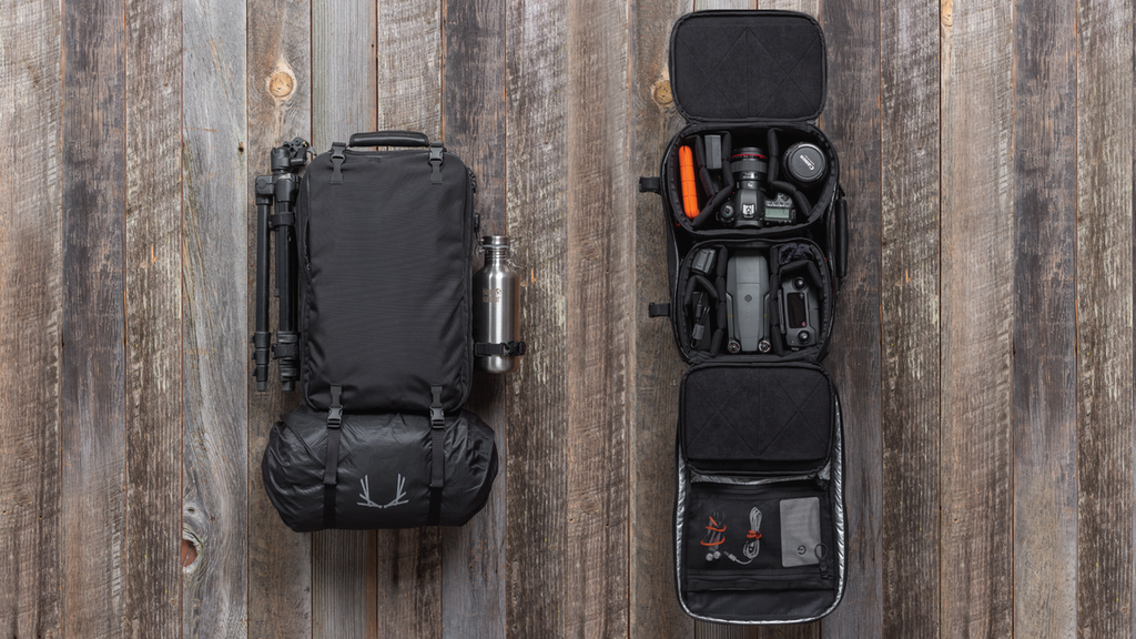 V4 ADVENTURE TRAVEL BACKPACK WITH MODULAR DSLR CUBES project video thumbnail