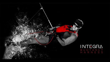 INTEGRA - buoyancy trapeze harness