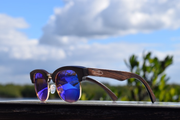 We create high quality floating wooden sunglasses with a contemporary yet preppy look.