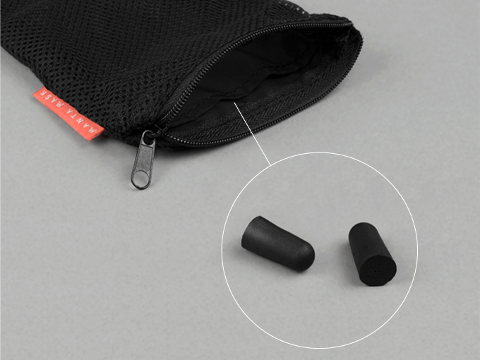 You're going to love the Manta Pouch. Its separated earplug compartment with a zipped closure ensures you'll never lose your earplugs again.