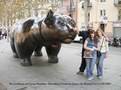 The Jacobsons at Botero's Cat - Barcelona, Spain 2008