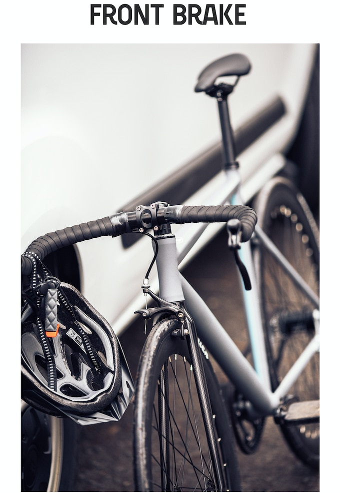 Safety first! In addition to the coaster brake, every CRONO will be shipped with two brake calipers (front and rear) and two brake levers.  To focus on the design, we preferred to use the coaster brake in our pictures and videos.