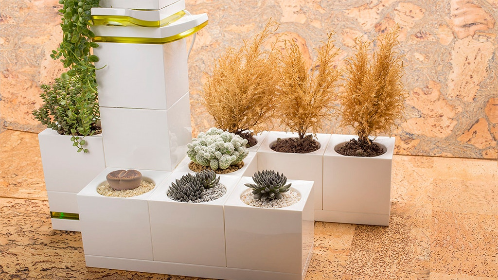LeGrow - The Smart Indoor Garden For Any Space project video thumbnail