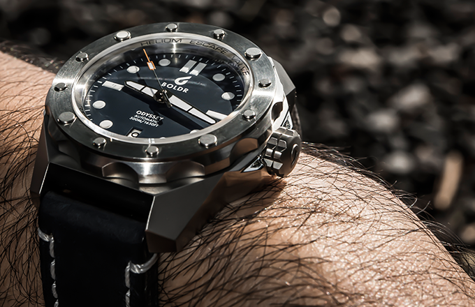 Rugged italian leather strap that ages with your journey in life.