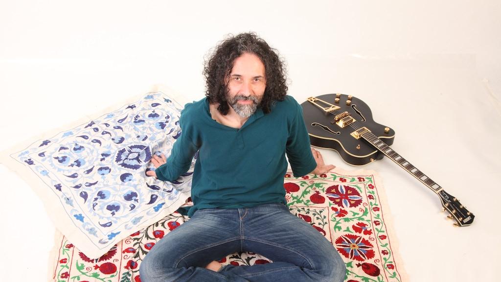 Help MARCO RAGNI producing new album The Wandering Caravan project video thumbnail