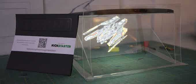 HOLOCARD Smart in it's packaging, Holocard Tab with space fighter hologram
