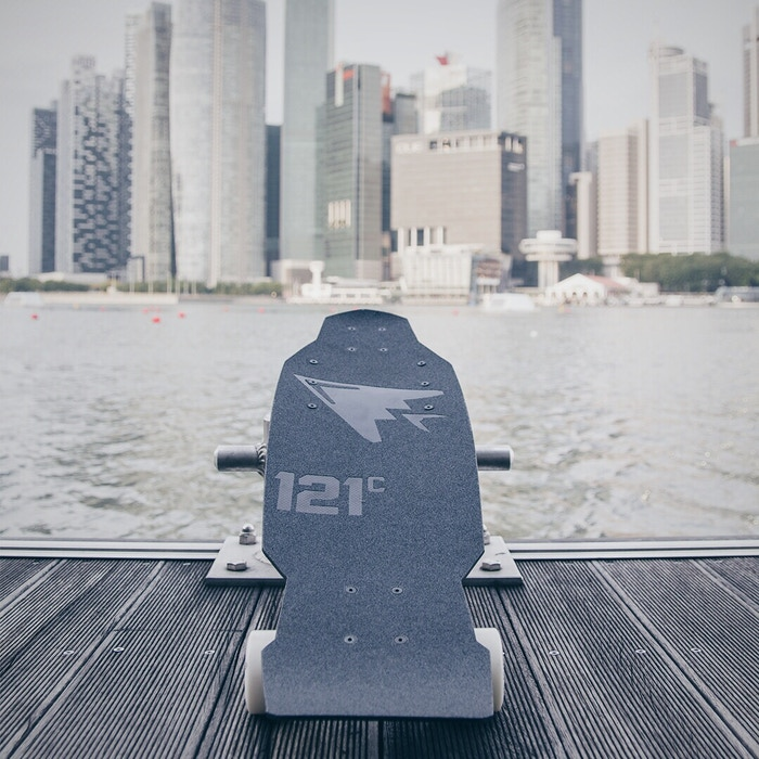 121C Boards + Arc Boards Collaborate to build the World's First Lightweight, Pure Carbon, High Performance Electric Skateboard