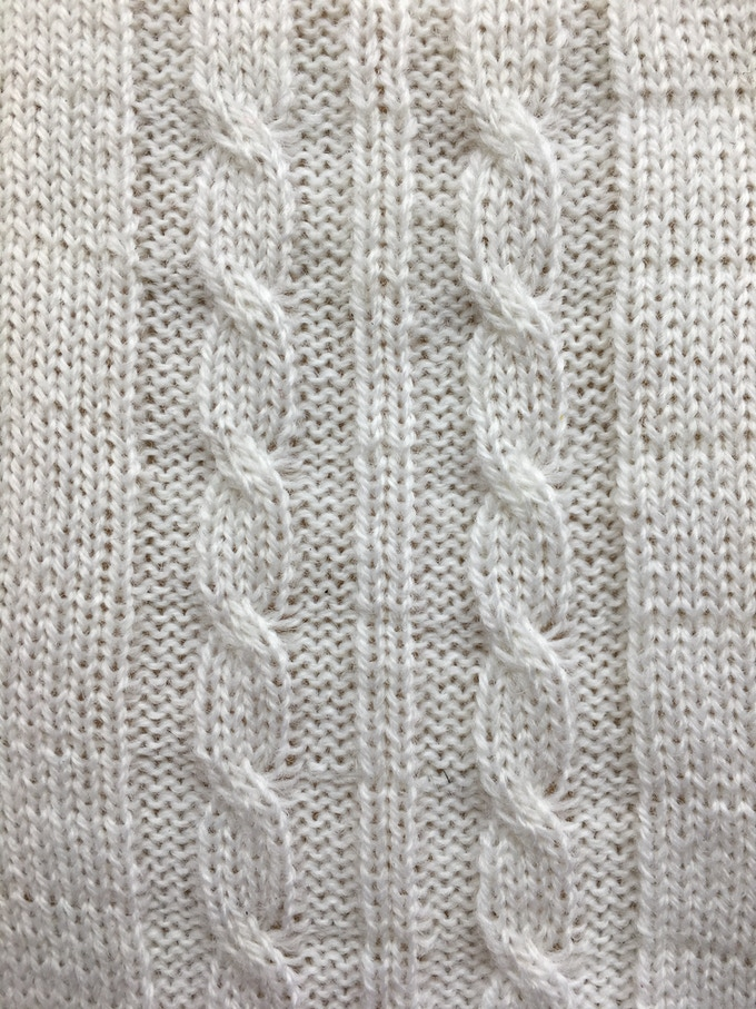 Cable stitch sample.