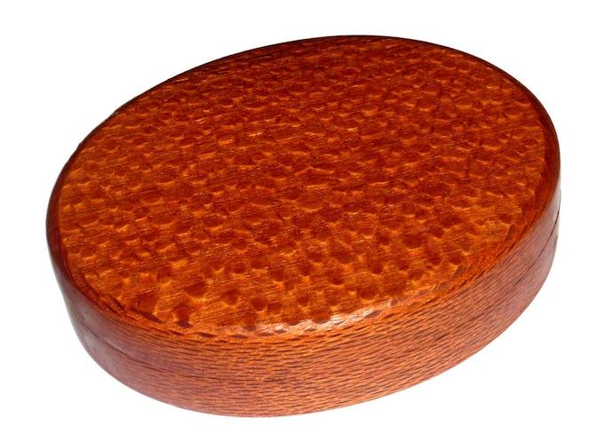 Lacewood Single Oval Design