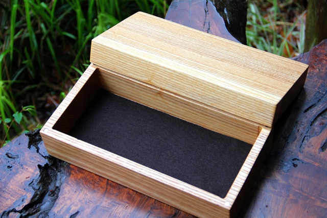 Classic Skirmish Box with brown felt.