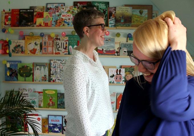 Vi som gör Bladen brinner heter Johanna Lindbäck och Lisa Bjärbo.
