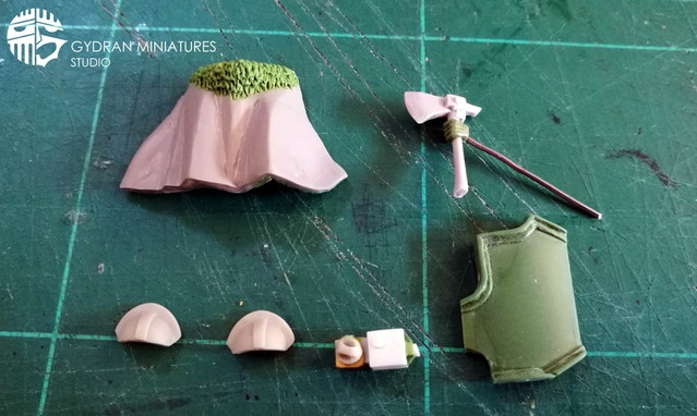 The Commander upgrade set is on its way to being done. The new helmet needs to be sculpted and as you can see by this picture there is some cleanup work that is still pending.