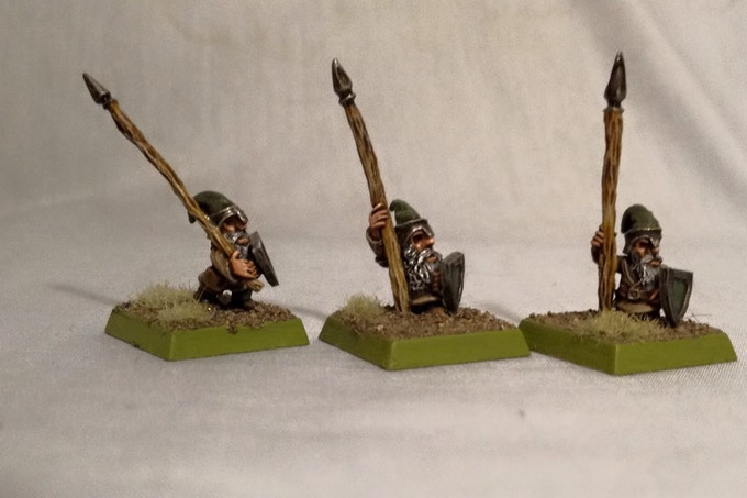 Rear rank spearmen