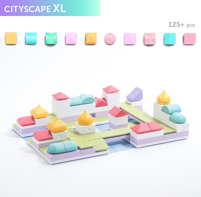 Cityscape XL, great for building larger urban areas! In the box you will get a selection of 125+ Arckit components in a ziplock bag along with an instruction leaflet. Additional content will be available online at arckit.com.