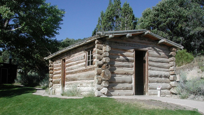Rhodes Cabin was once the headquarters for Lehman Caves National Monument.