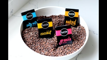 Sweet Eats & Co: Vegan & Paleo Chocolate Chips & Bars