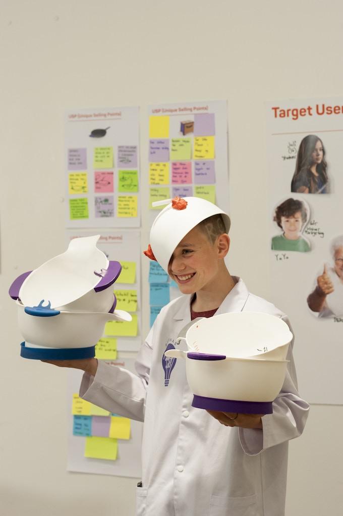 Hellek 13 years old - the designer of Smart Mix