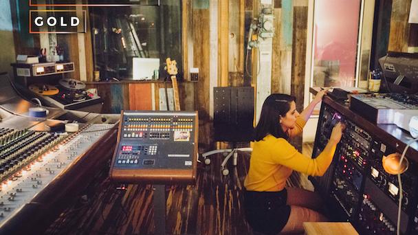 Kickstarter Gold: Tiny Telephone Oakland: Rai$e The Roof
