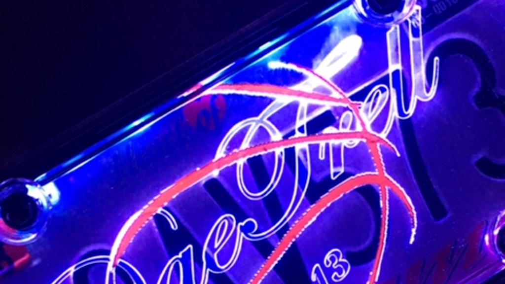 Enlight'n Expressions (illuminated sign with your design)