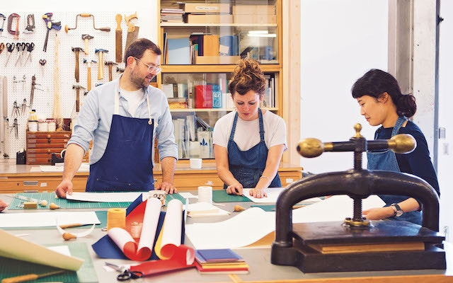 Working in the bindery – photo by Yuki Sugiura from 'Making Books'