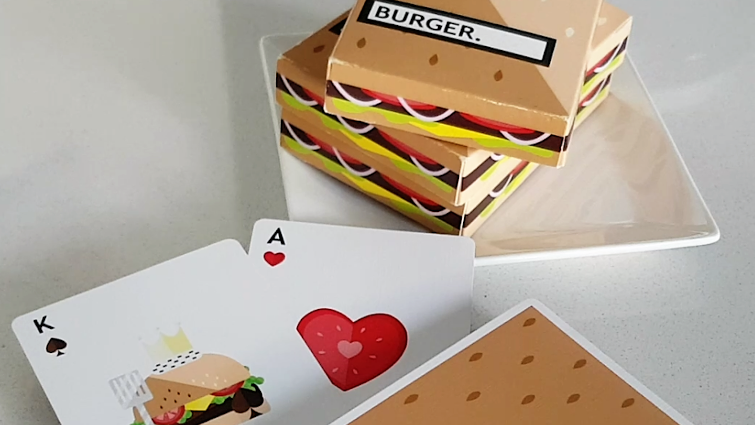The first of the Flaminko Playing Cards' deliciousness series! BURGER cards... custom design, high quality playing cards!