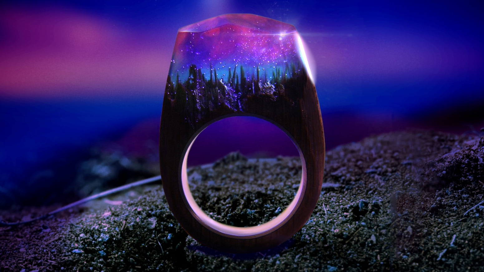 Enchanted Soul - Handcrafted rings imparted with natural materials such as flowers, wood, moss, amber, etc.