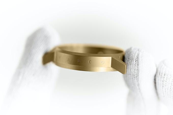 UNLOCKED ! New watch / Nouveau modèle - 25.000€