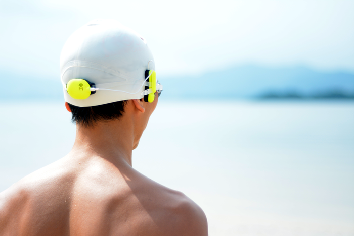 Realtime audio feedback of distance, speed, lap time and navigation information as you swim.   Your swimming pace right to your ears.