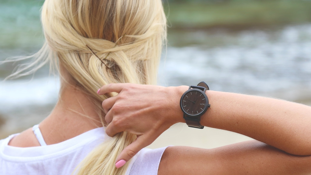 Top Quality Minimalist Wooden Watches: Luno 2 Collection project video thumbnail