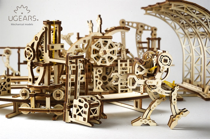 Ugears Robot Factory. Mechanical Town Series