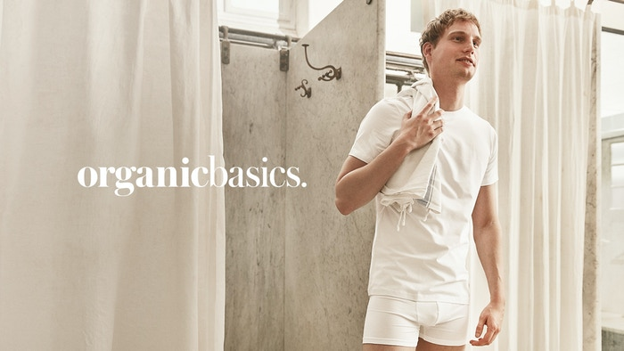 Long lasting sustainable basics in the softest organic cotton.