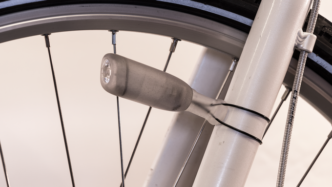 A 3D printed prototype of the CIO bike light