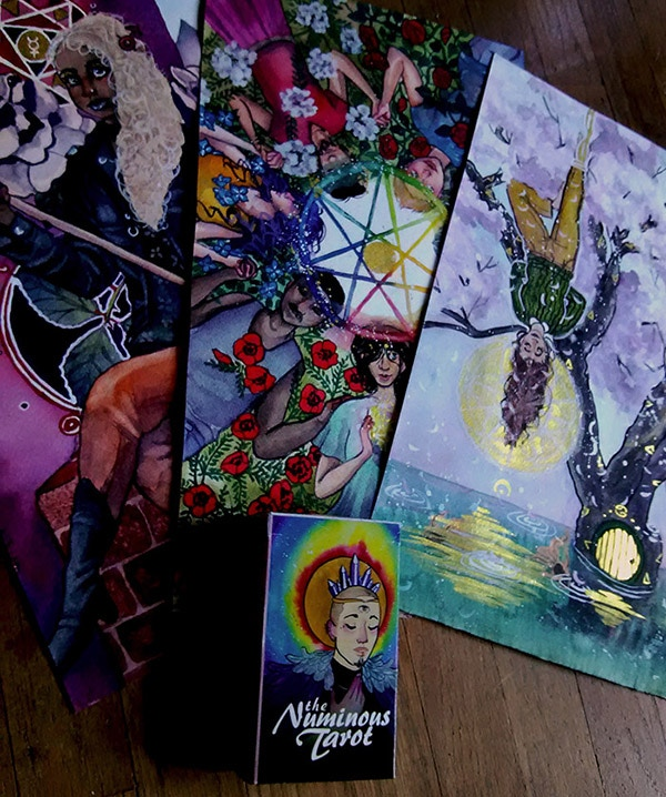The numinous tarot deck guidebook by noel arthur heimpel for Comparison of composite decking brands