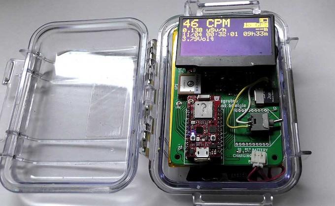 Prototype bGeigie Raku with larger screen
